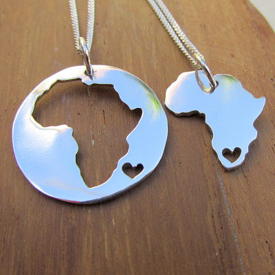 2 Africa with heart pendants cutout