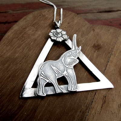 Elephant in triangle necklace with flower